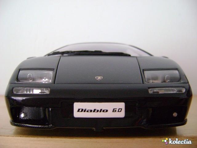 1 18 Auto Art Lamborghini Diablo 6 0 2001 Black Kolectia