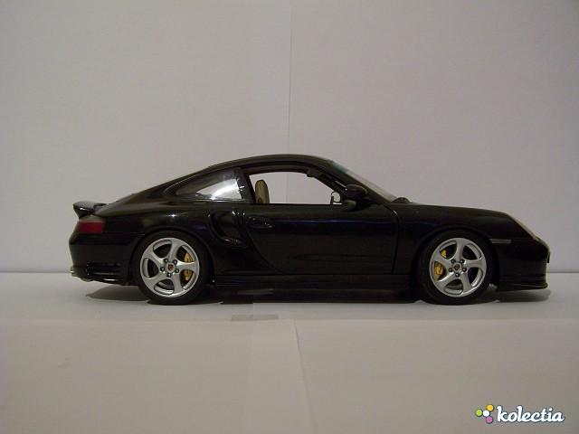 1 18 auto art porsche 911 996 turbo s dealer 2003. Black Bedroom Furniture Sets. Home Design Ideas