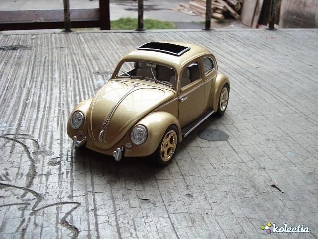 118 Bburago Volkswagen Kafër Oval Window 1955 Gold Kolectia