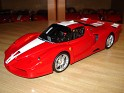 1:18 - Hot Wheels Elite - Ferrari - FXX - 2005 - Red - Competition - 0