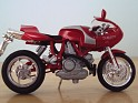 1:18 Maisto Ducati MH900E  Red W/Silver Stripes. Uploaded by indexqwest