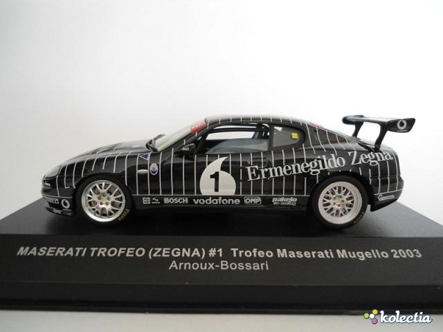 1:43 IXO Maserati Trofeo 2003 Black W/White Stripes - Kolectia